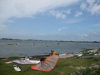 Ferienhof Hopp auf Fehmarn Inselbilder urfen und Kiten in Gold