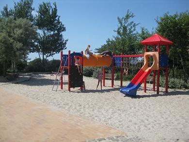 Ferienhof Hopp auf Fehmarn Inselbilder Spielplatz am Südstrand